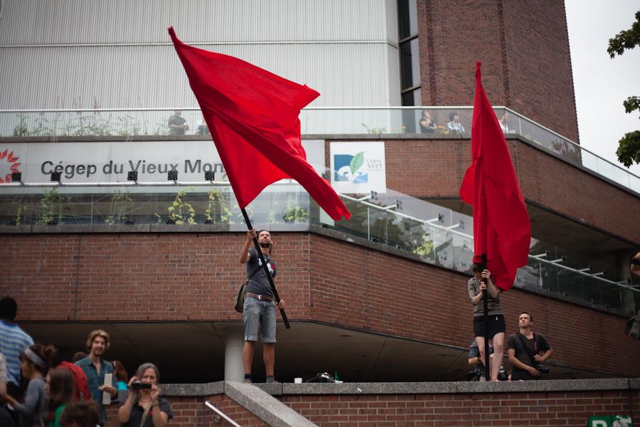 Assemblée générale du cégep du Vieux-Montréal sur la réconduction de la grève. [photos Thien V]