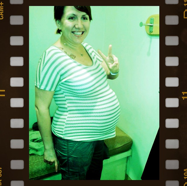I tried on a fake preggo belly at Motherhood Maternity today. I can't wait to actually look like this. Hahhaha