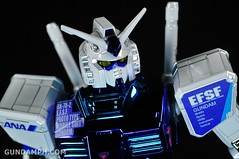 ANA RX-78-2 Gundam HG 144 G30th Limited Kit  OOTB Unboxing Review (85)