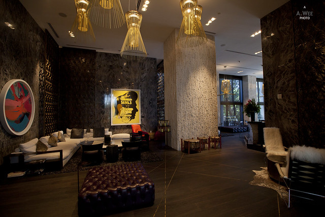 Lobby Lounge leading to the Bar on the Right
