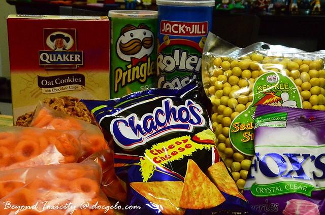 junk foods! baon sa trip