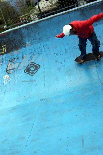 Carver Skateboarding - Half Pipe