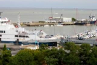 Bac de l'estuaire de la Gironde, version tilt and shift