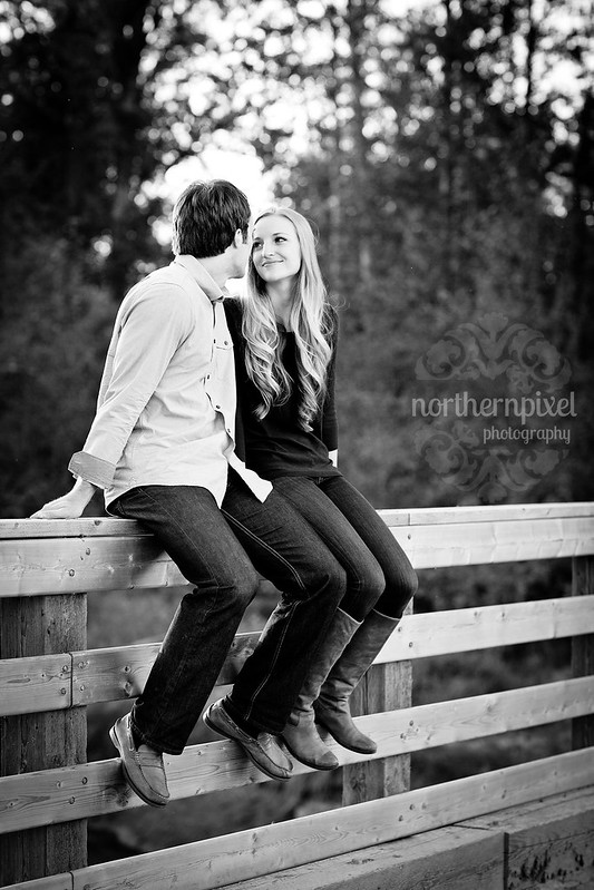 Engagement Photos - Prince George, BC cottonwood park bridge