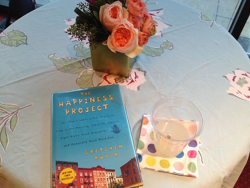 The Happiness Project, flowers and lemonade