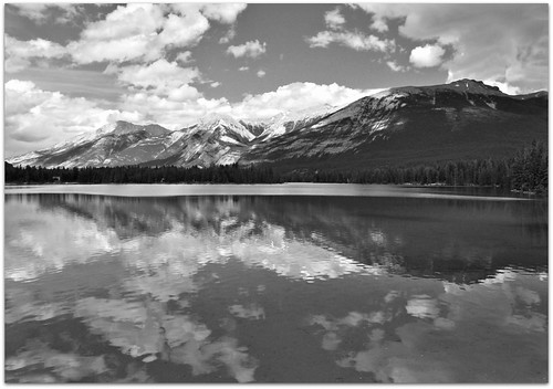 Lake Edith in Black & White