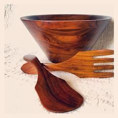 DANISH MODERN DESIGN Mid Century Walnut Bowl Large Teak Wood Salad Bowl Server Set with Wooden Serving Utensils Simple, Minimalist