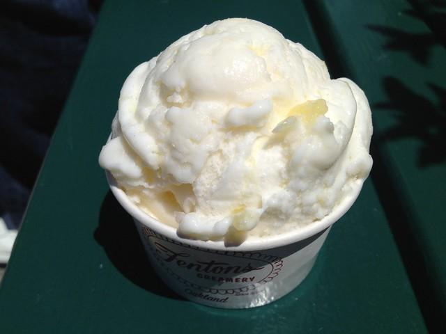 Coconut pineapple light ice cream - Fentons Creamery