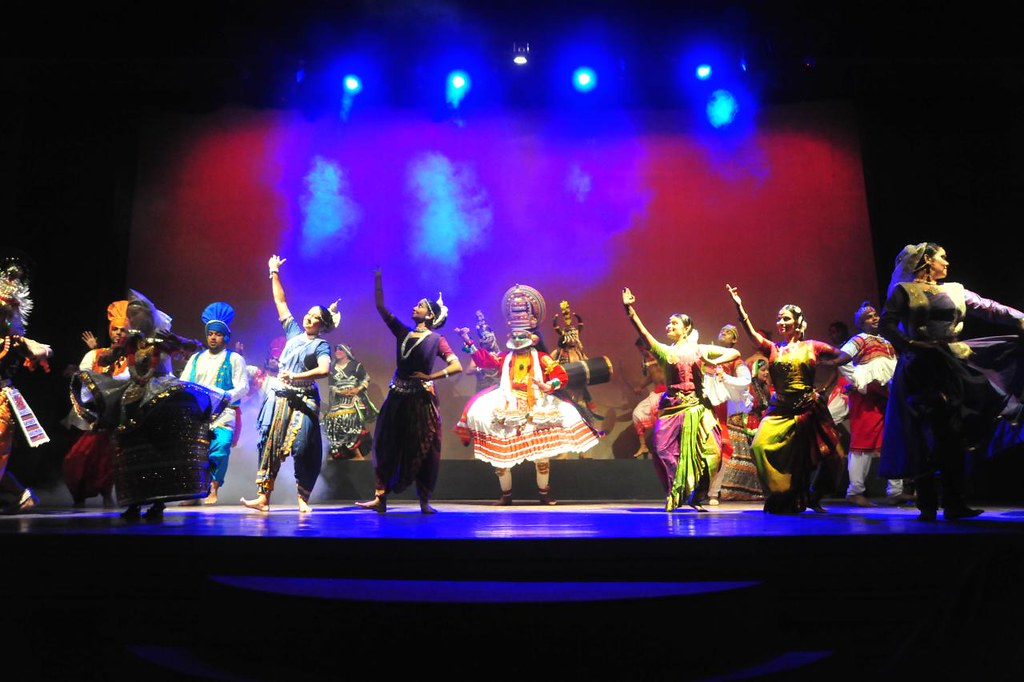 The wonder that is INDIA - Indian Revival Group - Papiha Desai and Yog Sunder choreography