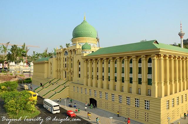 106 legoland malaysia
