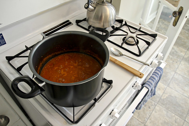 marinara sauce in the making