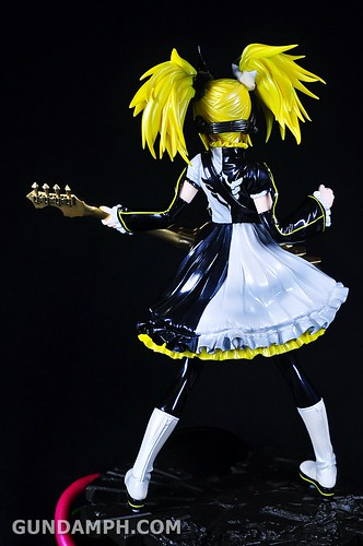 Max Factory Kagamine Rin (Nuclear Fusion Ver.) Unboxing & Review (39)
