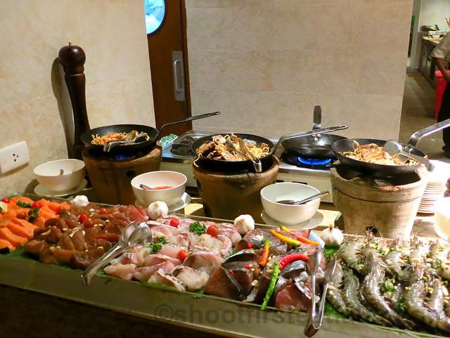 seafood bufffet @ Vintana