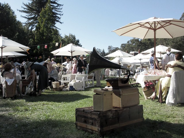 A working gramophone at the Gatsby Summer Afternoon.