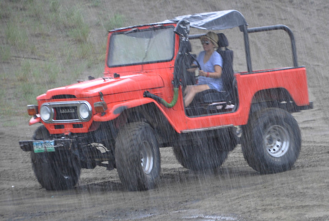Offroading in the rain (5)