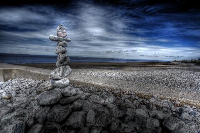 The rock balancer returns