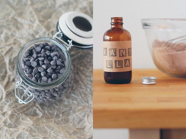 Chocolate chips | Homemade vanilla extract