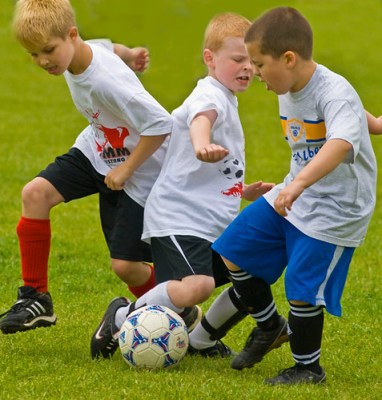 Soccer_children_sports_active_1