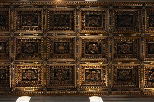 20120807_4954_Pisa-duomo-ceiling