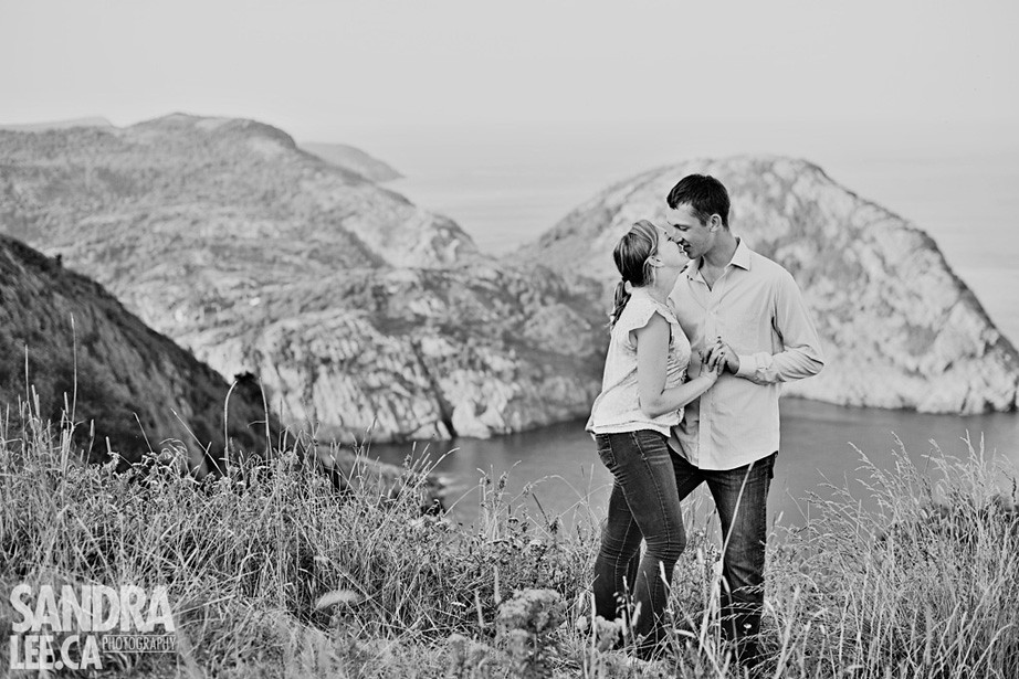 Aimee + Chris :: Signal Hill Engagement