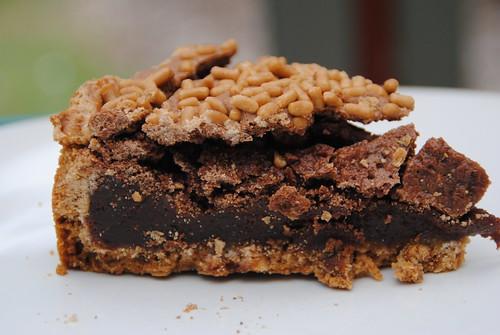 chocolate brownie and pretzel crust