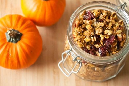 Pumpkin-Pecan Granola