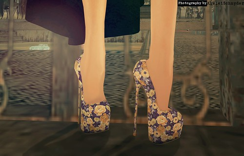 Retro' - Vintage Flower Heels