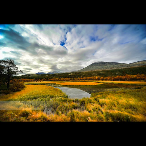 Rondane National Park Reflections by geirkristiansen.net