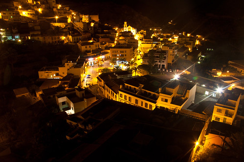 Vallehermoso by night