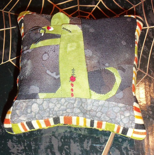 Rat Zombie Pincushion Prize by ruthiequilts
