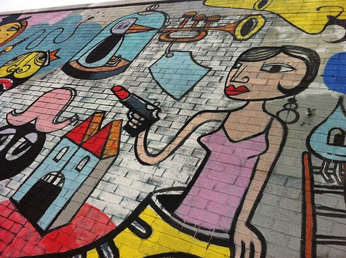 Bushwick Graffiti :: Lipstick GUN
