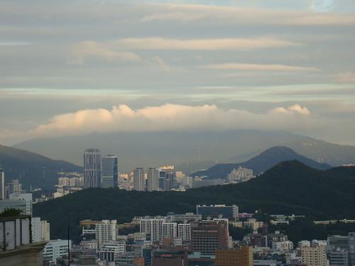 Busan nach dem Taifun by Jens-Olaf