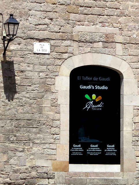 El Taller De Gaudi (Gaudi's Studio)-001