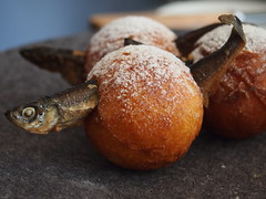 Detail: Æbleskiver and muikku