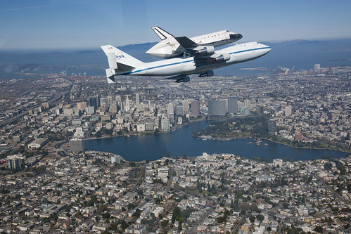 Endeavour Fly Over California  (ED12-0317-008)