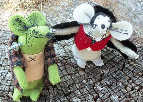 Frankenmouse and Mousecula... by ruthiequilts