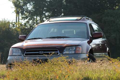 2002 Subaru Outback H6 First Drive