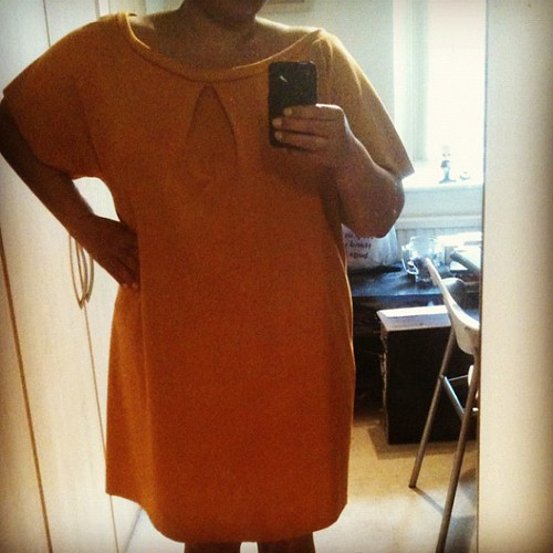 Can not decide if this dress is meant to look baggy or if it's too big. Hmm...