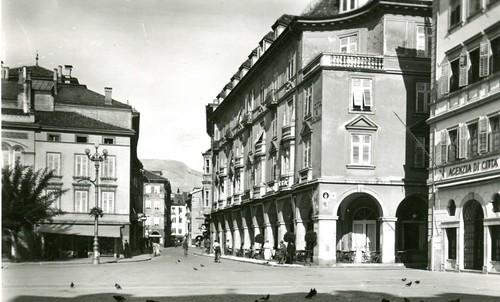 postcard - bolzano - piazza walter - hotel città