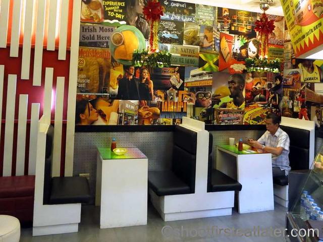 De Original Jamaican Pattie Shop-007