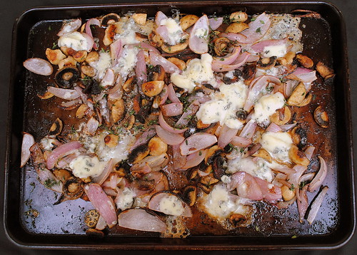 Gorgonzola-Roasted Mushrooms and Onions