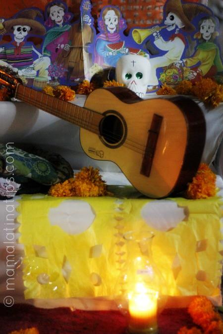 altar_de_muertos_guitar
