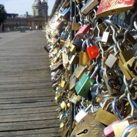 Can we stop now with the love locks?