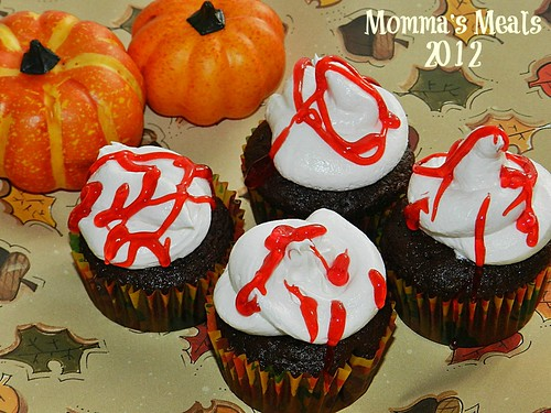 Bleeding Devil Cakes2