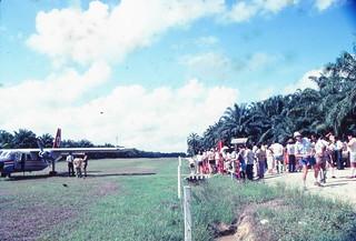 1982 - Pamol airfield, MAS plane