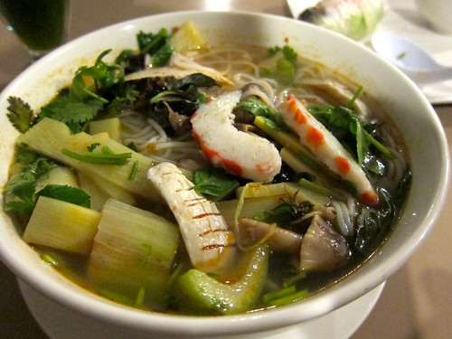 Bun Thai (Thai Tom Yum Spicy Noodle Soup with Soy Seafood) ($7.50)