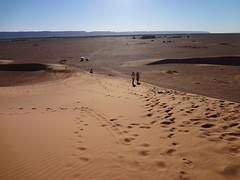 Deserto na Dunas de Tinfou no sul de Marrocos