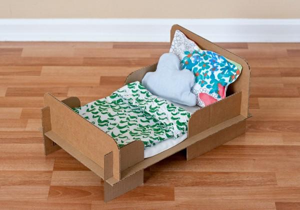 Cardboard-Bed-DIY-4