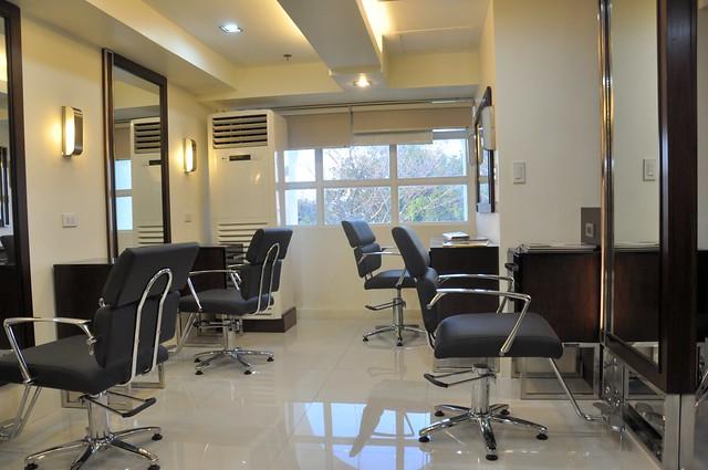 David's Salon, Laoag