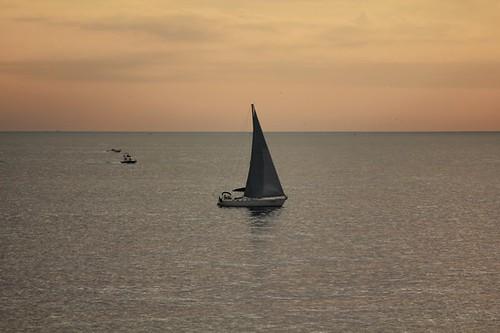 Barca a vela a Boccadasse